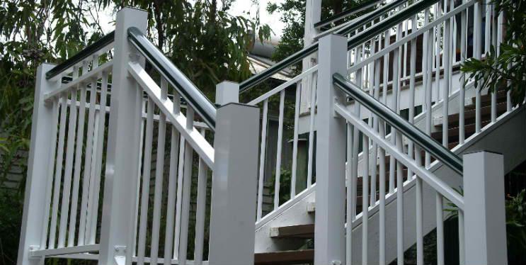 1340937431_handrail2b